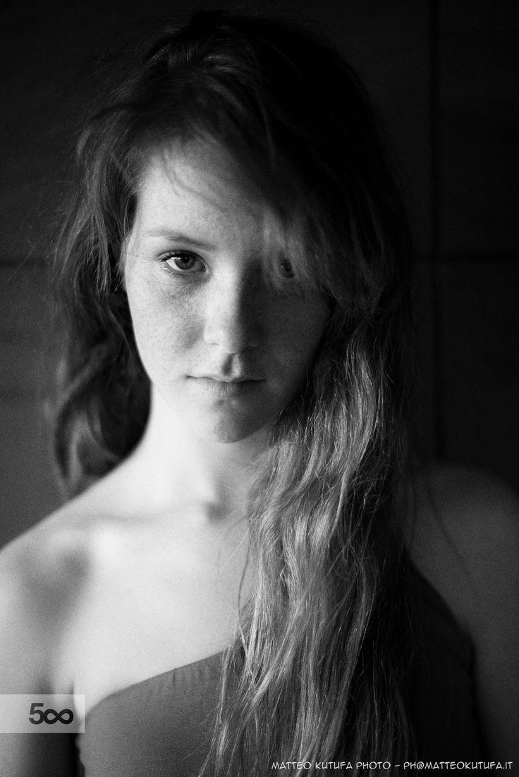 Lucrezia by Matteo Kutufa on 500px