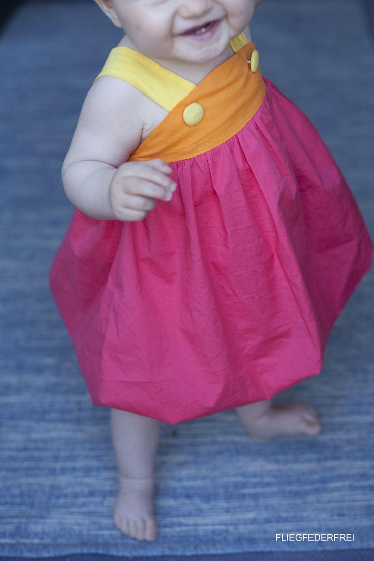 Melon dress by www.fliegfederfrei.com