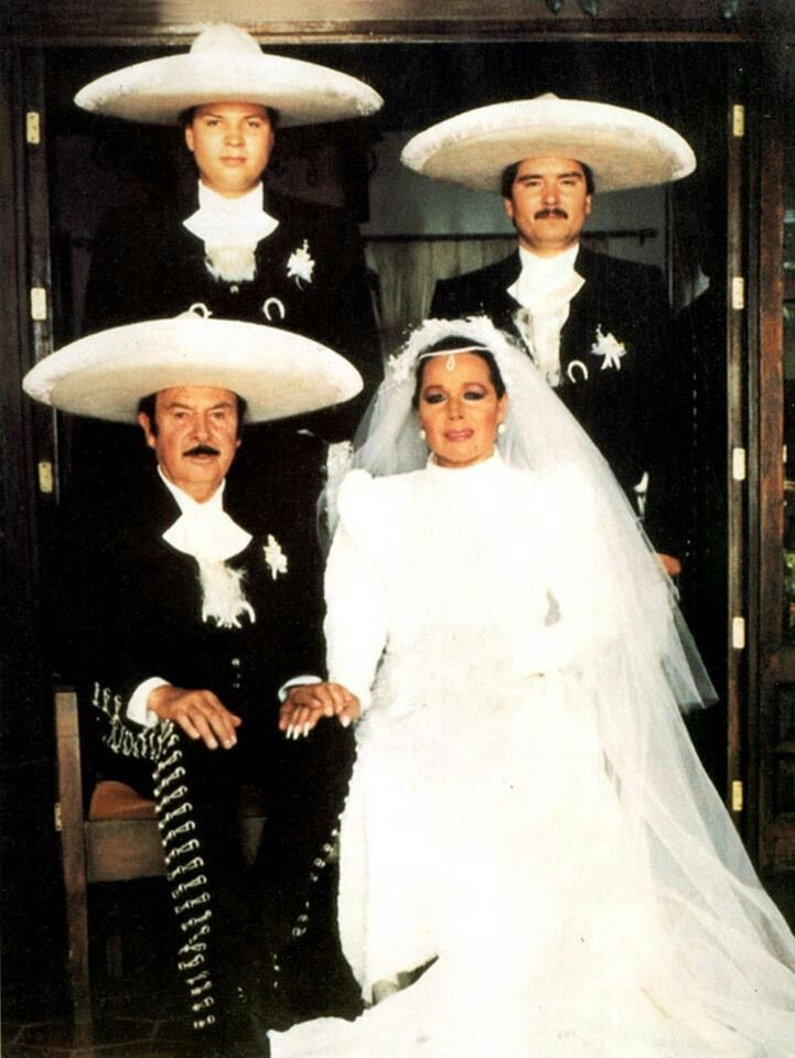 single men in aguilar Pepe aguilar in concert at the lots of singles played on the radio and por una mujer debut made by him for men and womento celebrate this and.