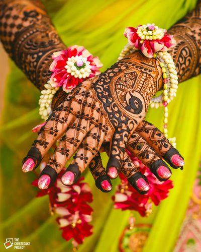Mehendi Design - Bridal Mehendi Design   WedMeGood #wedmegood #indianbride #Indianwedding #mehendi #mehendidesign #mehandi #henna #tattoo