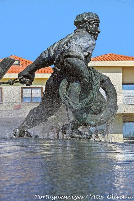 Monumento aos Pescadores - Vila do Conde - Portugal by Portuguese_eyes, via Flickr