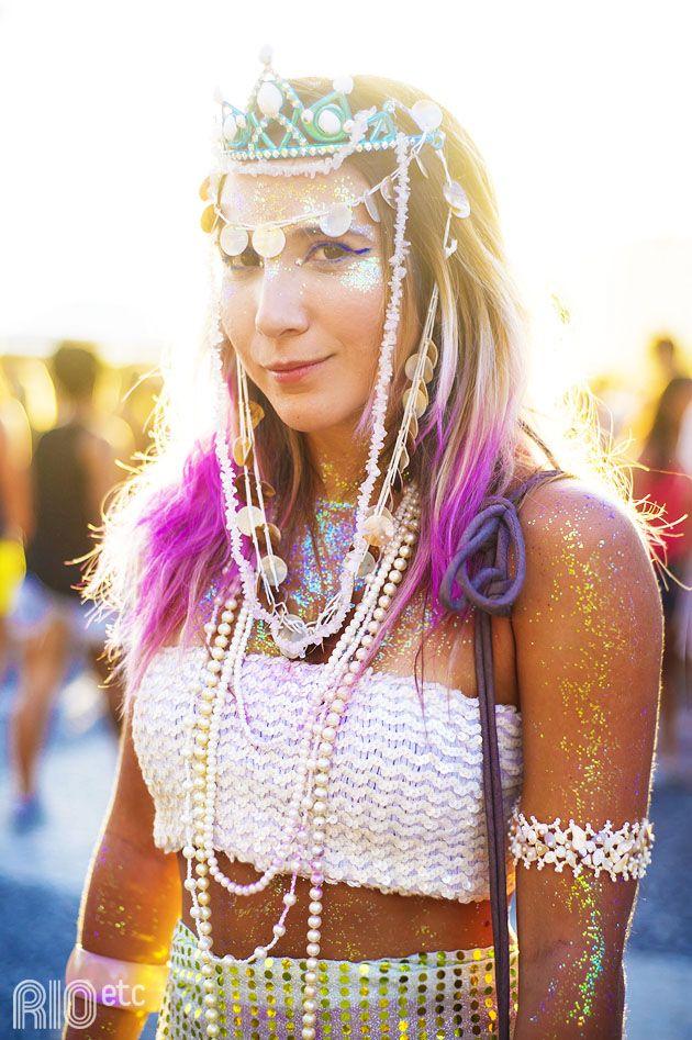 Fevereiro de 2014, mês do Carnaval! Se joga no glitter!