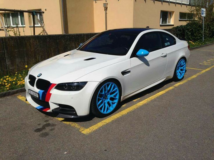 BMW E92 M3 White ///M Stripe