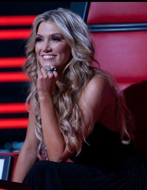 Loved Delta's hair on The Voice