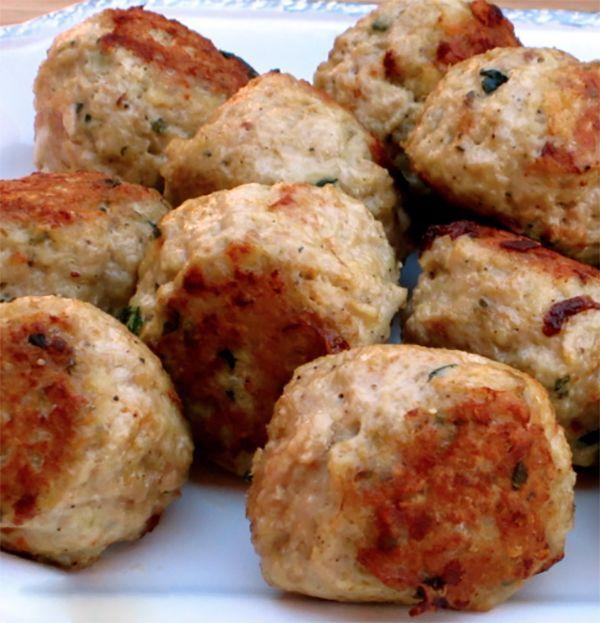 Add Italian Meatballs to spaghetti, stews, soups or eat all by themselves.  #Italianmeatballs #meatballs #recipe