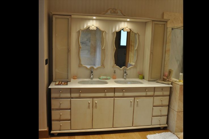 custom made bathroom unit, cabinet, double sink, interior design, handpainted, colour technique