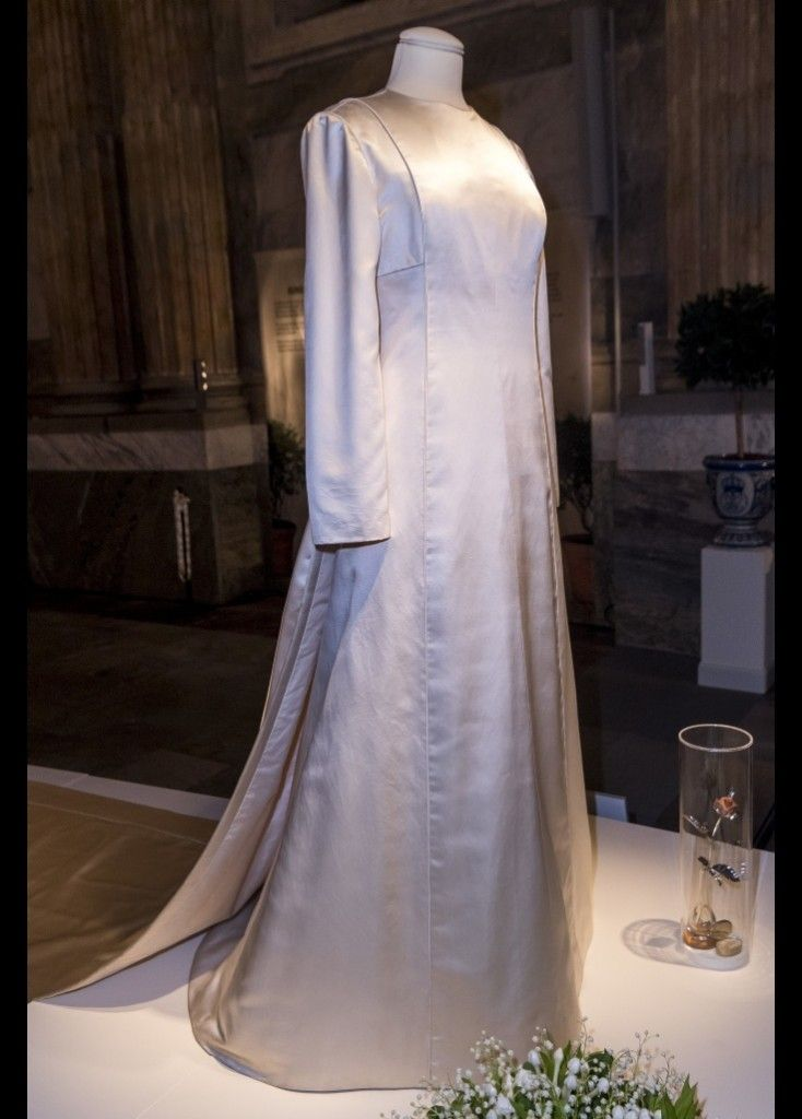 Queen Silvia Crown Princess Victoria And Sofia Attended The Royal Wedding Dresses Exhibition At Palace 17 Oct