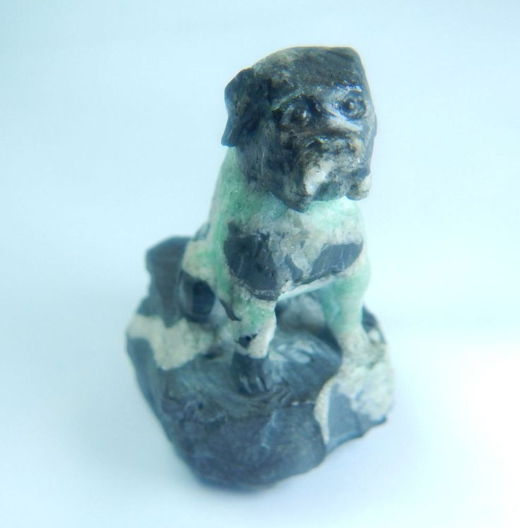 Colombian Emerald Rock 71.3 Grs Hand Carved Dog Natural MineralBeryl Muzo Mines