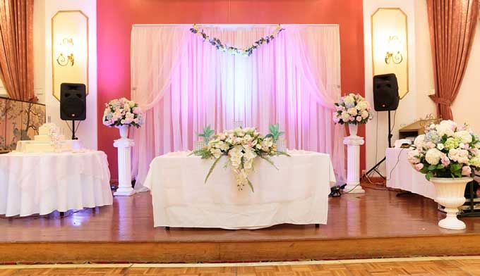 Backdrop rentals! Free shipping nationwide at www.RentMyWedding.com