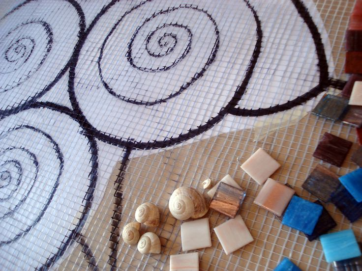 Mosaico sobre pared. Les invito a seguir el proceso de este mosaico proyectado para una residencia particular en la isla de Mallorc...