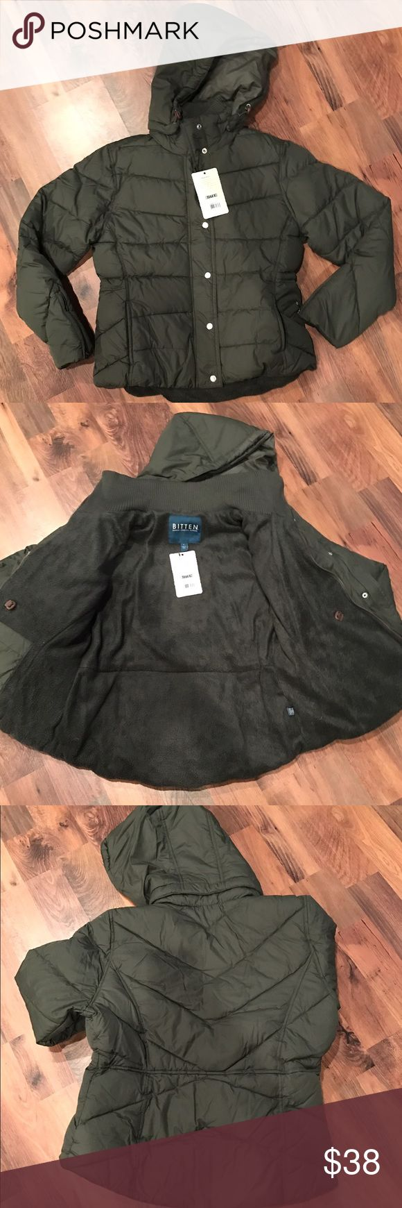 """NWT: Green """"Bitten by Sarah Jessica Parker"""" coat NWT: Olive green """"Bitten by Sarah Jessica Parker coat. Fully lined w/button and zip closure. Side slant pockets, detachable hood. Size large Bitten by Sarah Jeasica Parker Jackets & Coats Puffers"""