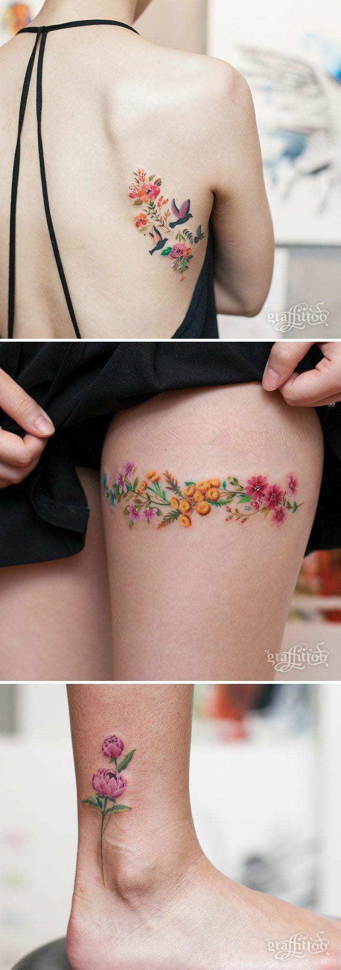 tatuaje espalda, tatuajes para mujer minimalistas, flores de olor con efecto acuarela, tatuajes en la cadera,. el tobillo y la espalda