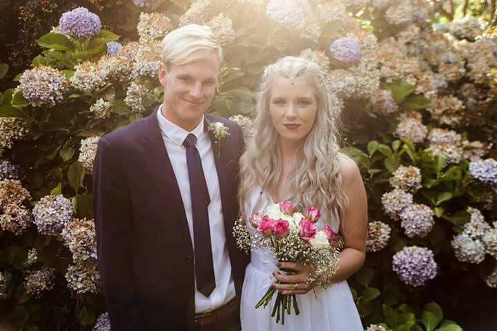 #silver #hair #bride #wedding #garden #husband #youngandmarried #love