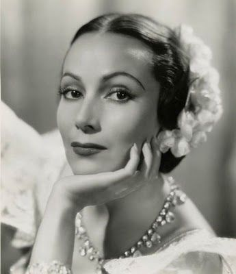 Dolores del Rio. (August 3, 1905 in Durango, Mexico – April 11, 1983 in Newport Beach, California) Dolores is believed by many to be the first successful Mexican actress in Hollywood. Considered to be one of the most beautiful woman of that era, she was admired for her refined taste, and elegant manner. - For more of Mexico visit www.mainlymexican... #Mexico #Mexican #jewelry #celebrity #fashion #style