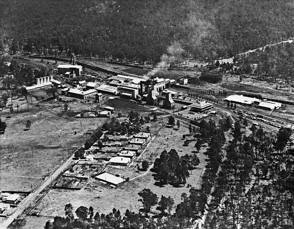 Aerial view of the surface pit top buildings of Richmond Main Colliery south of Kurri Kurri, circa 1952 to 1954. #ThrowbackThursday http://www.trade.nsw.gov.au/copyright