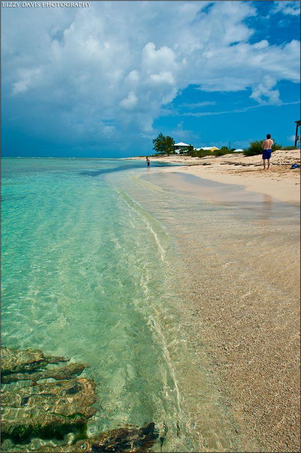 Grand Turk Island - Beautiful Caribbean Waters | Lizzy Davis Photography