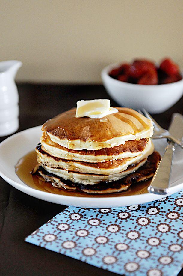 This Sour Cream Banana Pancake