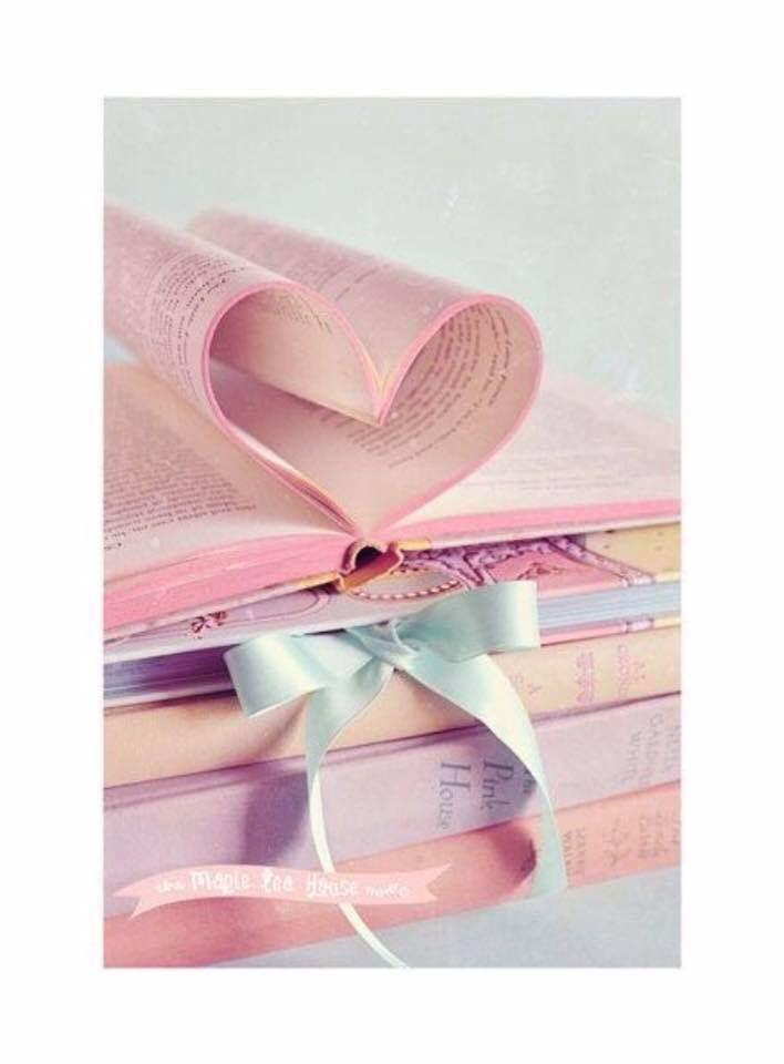 Nel libro della vita, abbi sempre la forza di voltare pagina, ma allo stesso tempo abbi la sapienza di non scordarti mai quello che hai letto.