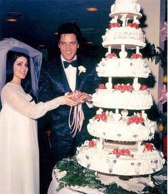 5-1 in 1967 - Elvis and Priscilla Beaulieu married at The Aladdin Hotel in Las Vegas, NV. The wedding cake cost $3,500.