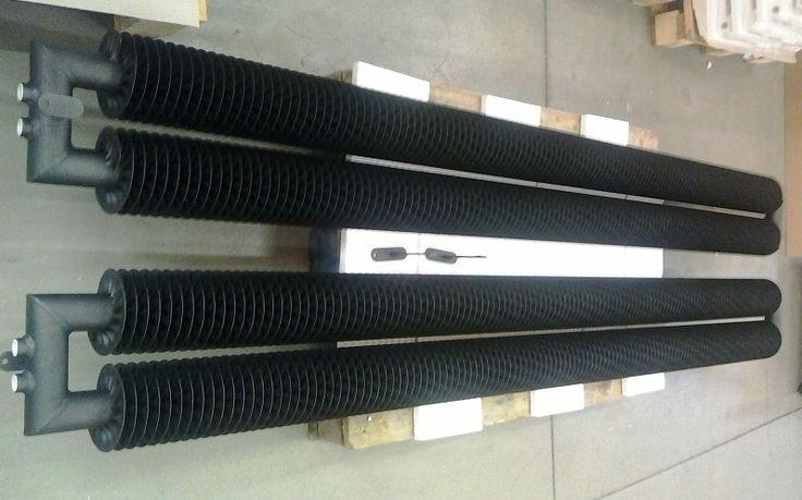 Vertikaler Heizkörper im Retro-Stil. Industrie-Heizkörper. Breite 283 mm - 2 Stahlrohren mit Spirale, die Höhe bis 6 m. Röhren können mit quadratischen oder runden Knie verbinden. Wir bieten 216 Farben. Wandheizkörper. Lieferung: 6 Wochen.
