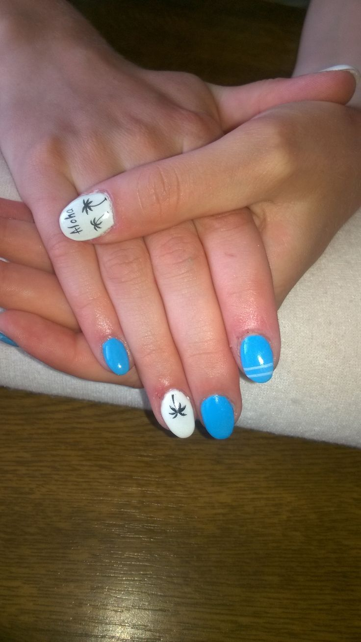 summer nails - white and blue gel and black palms