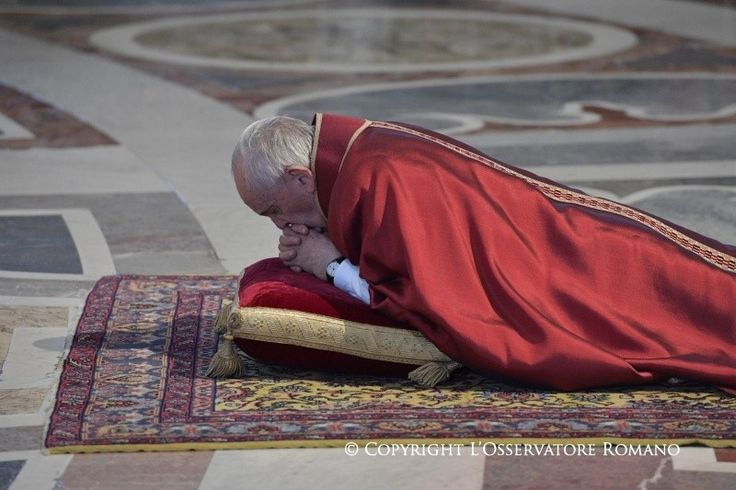 Good Friday - Celebration of the Lord's Passion - Activities of the Holy Father Pope Francis | Vatican.va