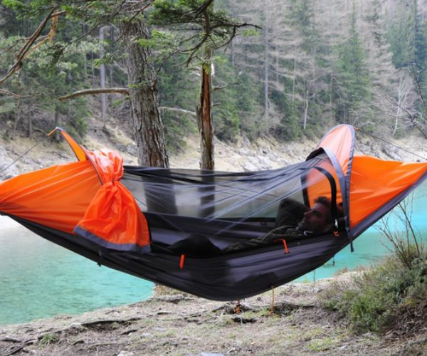 Flying Tent All in One Camping System » Review
