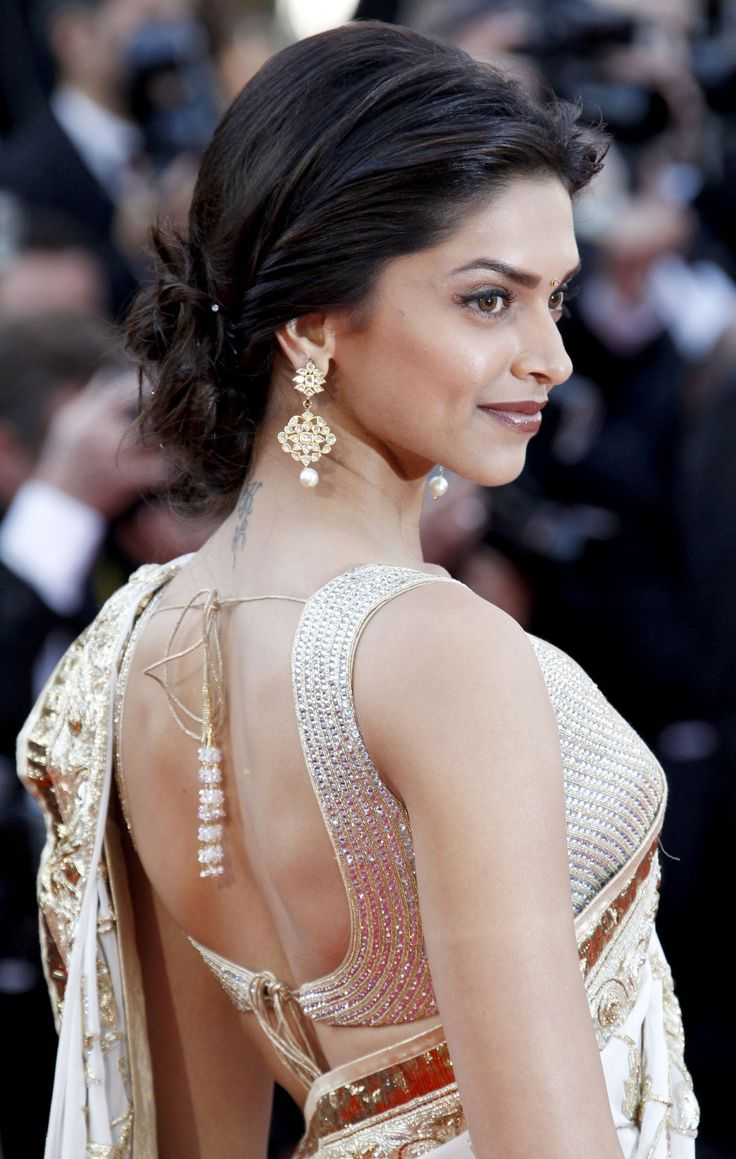 Deepika low bun look