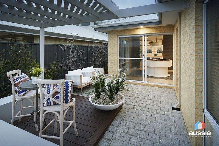 #Backyard #Alfresco Design seen in The Swagger Display Home by #AussieLivingHomes