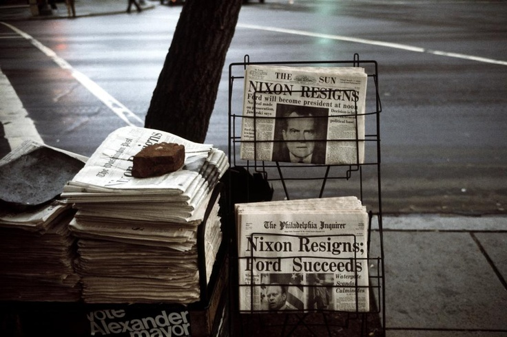 Headlines on the daily newspapers nixon resigns 1974