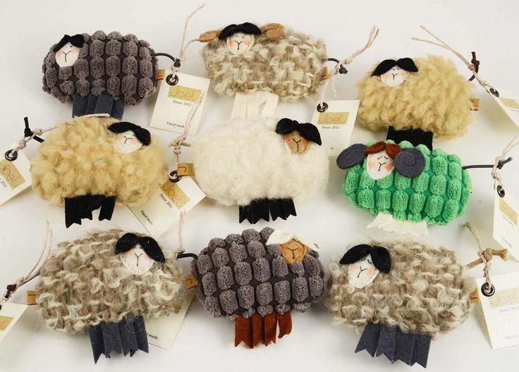 Joel handmade textile sheeps http://www.magma.hu/muveszek.php?id=165