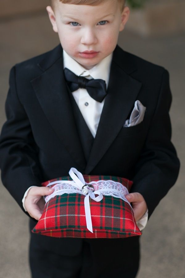 Plaid Ring Bearer Pillow (this but with black and white plaid taffeta)