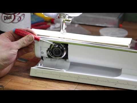 Bernina 880 830 820 sewing machine Hook Oiling- If you're having any bobbin issues, this will almost certainly clear them up. It solved ALL the bobbin issues I was having.