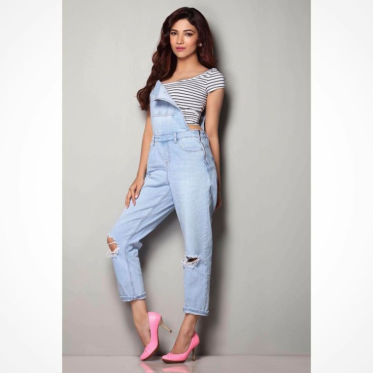"""7,933 Likes, 72 Comments - Ridhima Pandit (@ridhimapandit) on Instagram: """"I love my #dungarees styled by @surina92 outfit by @flyrobe hair and makeup by @makeupbyurmikaur…"""""""