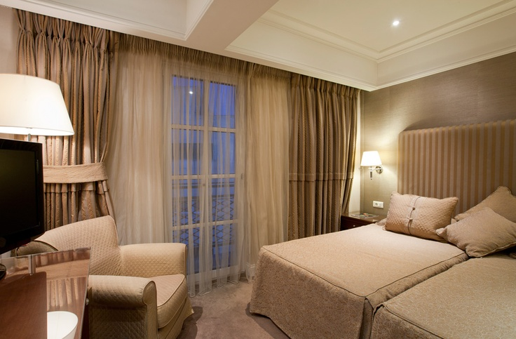 Standard room Hera Hotel in Athens | Boutique Hotel Athens Greece #HeraHotelAthens #Athens #Greece
