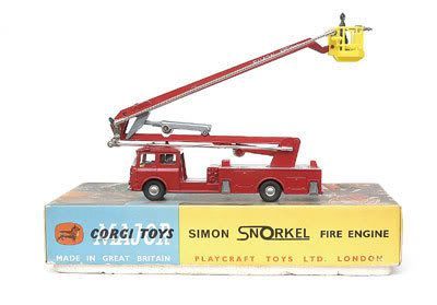 Mettoy Corgi diecast No.1127 Bedford Simon Snorkel Fire Engine