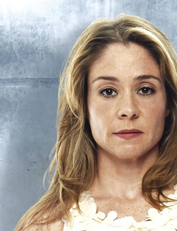 Megan Follows -> Queen Catherine -- SUCH a good actress! She was good in Anne of Green Gables, she's still good to this day on Reign.