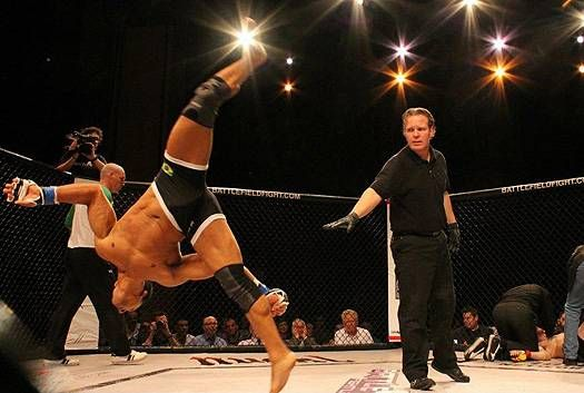 KO Of The Day: Nasty Capoeira Kick Knockout | Knockout Nation