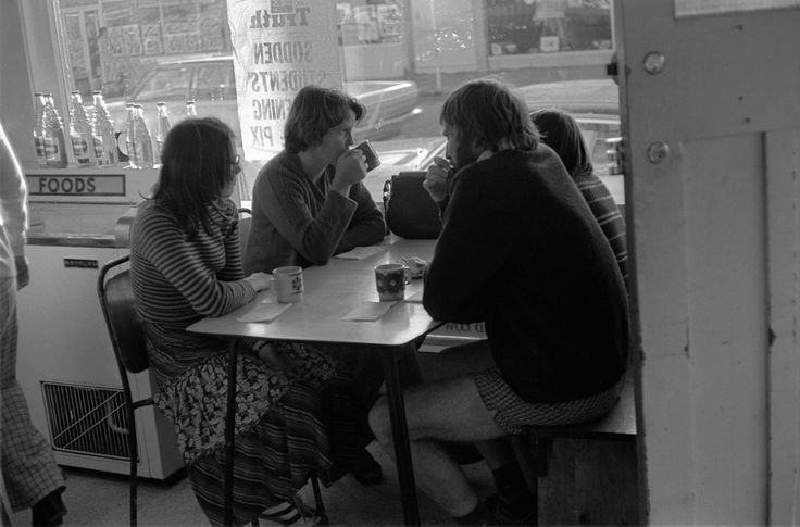 Lucien Rizos, Tearooms - Otaki, from A Man Walks Out of a Bar, 1979-1982