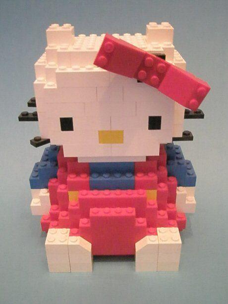 Hello kitty made from Legos