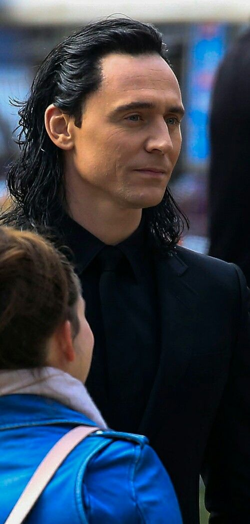 Tom Hiddleston on the set of 'Thor: Ragnarok' in Brisbane, Australia on August…