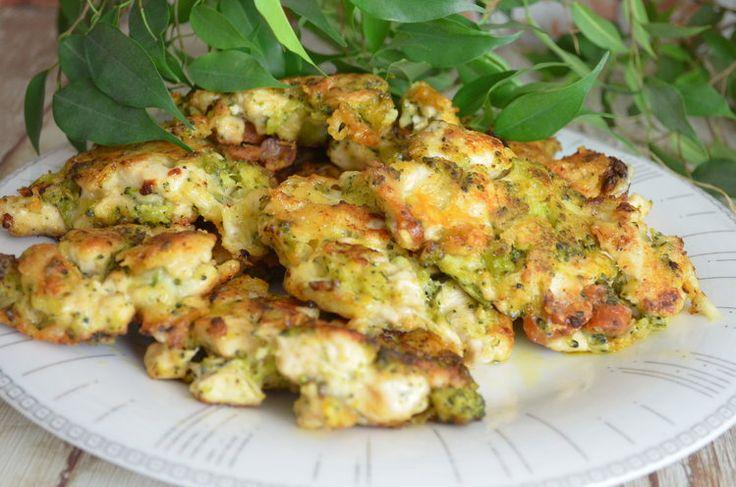Kotlety siekane z piersią kurczaka, brokułem i serem