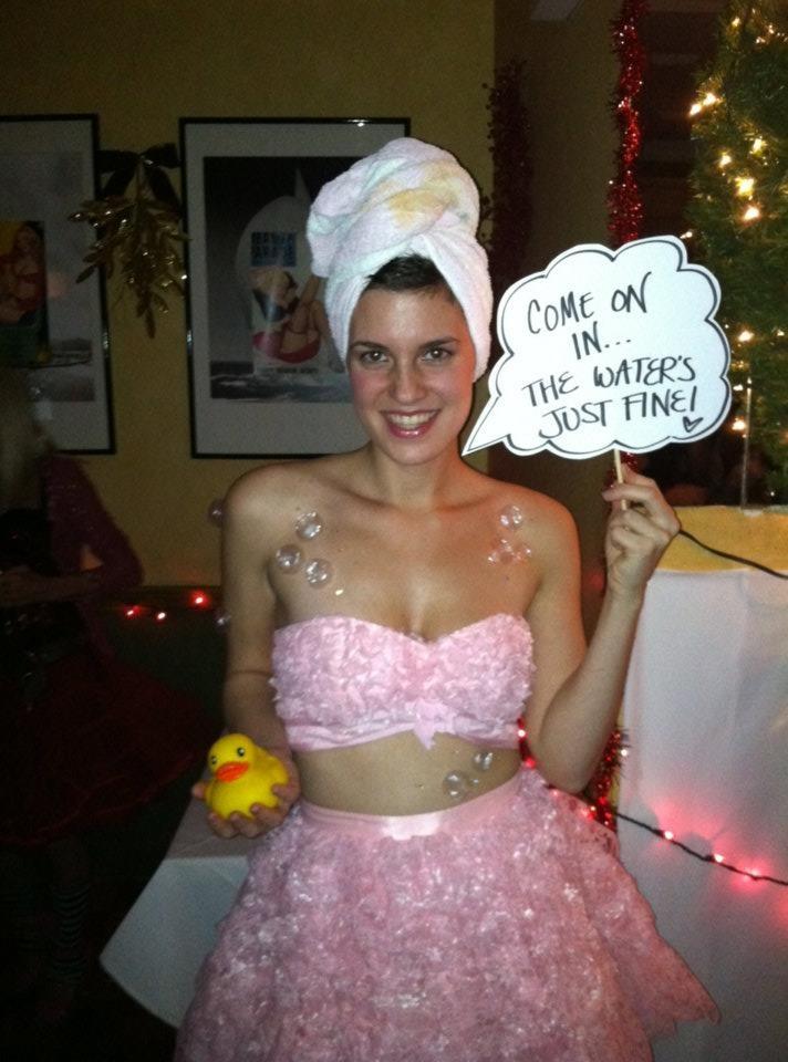 Bubble bath costume haha interesting  Halloween  57 best C o s t u m e images on Pinterest   Halloween ideas  . Halloween Costumes Bath Uk. Home Design Ideas