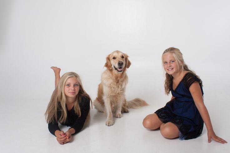 Fotoshoot Sascha met zus en hond