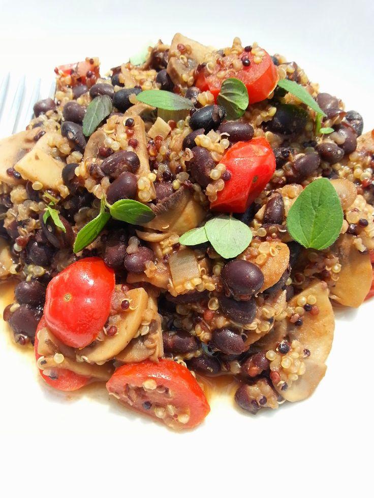 Fruitshakes en meer: Quinoa met champignons en bonen  Dit ga ik dit weekend weer eens maken, makkelijk en ontzettend lekker!