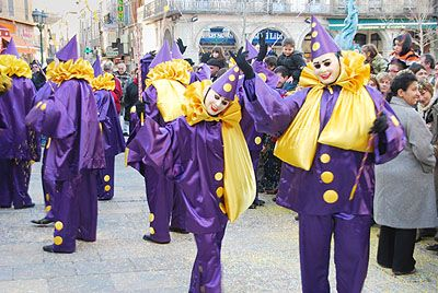 Things to do in the Languedoc: Cultural Activities: Fecos (The Limoux Carnival, Carnaval de Limoux) every weekend from Jan to Easter weekend - got to go! www.audetourisme.com