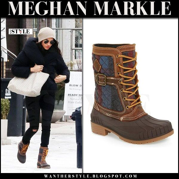 Meghan Markle in brown lace-up Kamik winter boots with cream canvas Goyard tote
