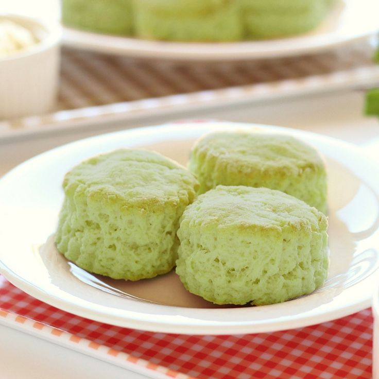 Enjoy these matcha scones with a hot cup of matcha tea. They're fluffy texture and to-die for taste makes them the perfect dessert (or breakfast). http://epicmatcha.com/matcha-scones-recipe/?utm_source=pinterest&utm_medium=pin&utm_campaign=social-organic&utm_term=pinterest-followers&utm_content=blog-make-our-magnificent-matcha-scones #scones #matcha #recipe
