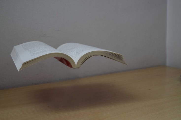 How to Make Objects Fly (Levitation Photography): Step-by-Step ...