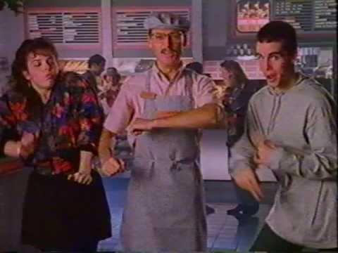 "Pub Quebec - Dunkin Donuts ""Mini mini!"" - YouTube"